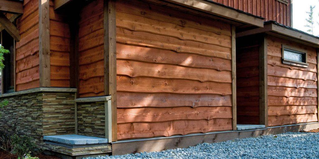 beautiful_cedar_siding_denver_home